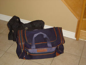 Heavy duty navy blue duffle travel bag carrying bag London Ontario image 2