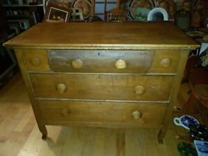 """Very nice antique rustic country style pine dresser 34"""" tall, 42"""