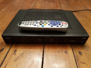 Bell HD6131 satellite receiver with remote