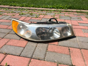 Passenger headlight Lincoln Town Car 1998 1999 2000 2001 2002