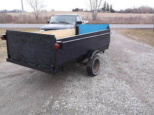9' X 4' Steel uitility trailer. Low bed. Completely rebuilt.