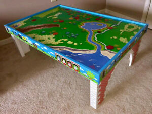 Thomas the train table and tracks
