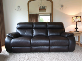 LIKE NEW SUPERB QUALITY 3 seater electric recliner sofa WITH DELIVERY