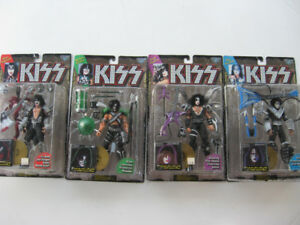 KISS Figures Sets McFarlane 1997 Gold & Black Record