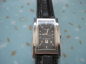 Kenneth Cole Reaction Slim Face Leather Band Dress Watch