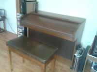 Eminent Solina P275 Home Organ‏ FOR SALE!!