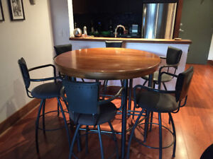 Bar Height Dining Table and 6 Bar Stools