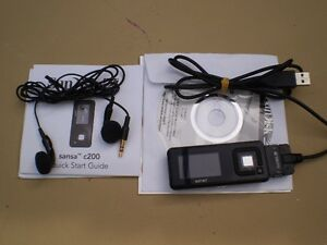 SANSA 2 GIGABYTE MP3 PLAYER WITH ACCESS $20 Prince George British Columbia image 1