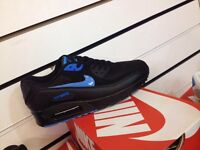 Nike Air Max 90 - size 6