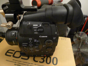 Canon c300 with 14mm 28-70 and 70-200 Lenses and Shoulder Brace