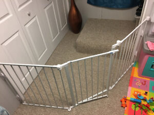 3 panel Wide adjustable baby gate.