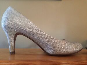 Silver Sparkly Shoes Wedding Pumps size 6.5