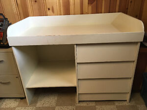 Unique baby changing table