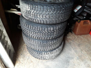4 225/70r16 Winter Tires/Rims