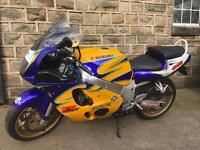 2000 SUZUKI GSXR 600