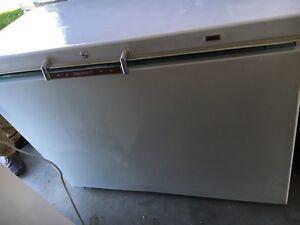 Coldspot 12 cubic foot deep freeze - excellent condition