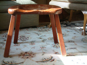 VINTAGE BACKLESS CHAIR (STOOL)