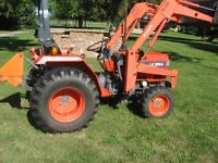 Kioti 30hp tractor,blade and bucket incl.