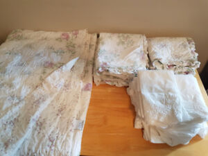 Shabby Chic Quilt set for single bed