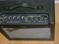 amplificateur fender mustang 1