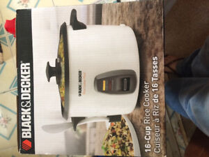 Brand new 16 cup rice cooker