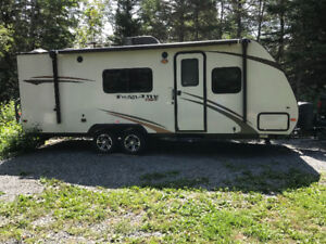 24 foot travel trailer
