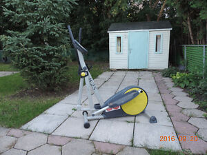 Exerciseur elliptique - Elliptical exerciser