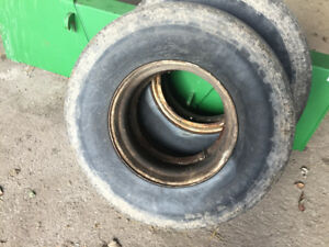 Used 315/80R22.5 truck tires with rims