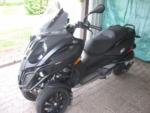 Moto scooter Piaggio 500ie MP3