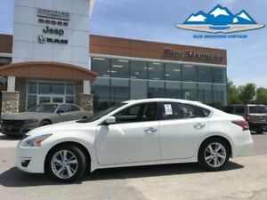 2014 Nissan Altima 2.5  BLUETOOTH/GPS/REVERSE CAM, LEATHER