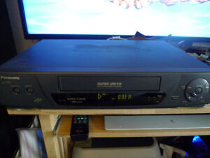 Panasonic AG-1330 Super Drive Commercial VHS Player Recorder .