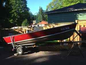 14ft Lund Fishing Boat