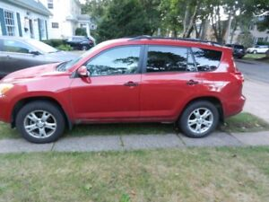 Rare Toyota  2012 v6 Rav 4 with 3rd row seats low km