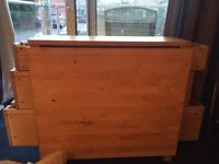 Pine 5ft fold down table
