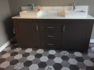 Bathroom vanity and matching mirror for sale