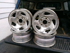Set de 4 rims chrome 16'' Dodge Ram 1500 5 x 139.7