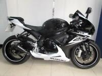 2014 SUZUKI GSXR600 L4 SUPERB BIKE WITH RACE EXHAUST BOTH BOOKS AND KEYS AND FSH