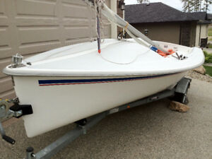 2005 Catalina 16.5 Sailboat