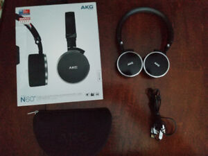*New* Professional AKG N60NC Noise Cancellation Peadphones