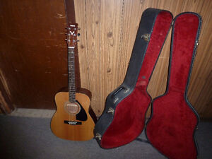 yamaha acoustic,electric guitar
