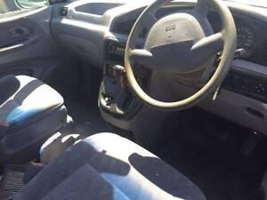 Wrecking Kia Carnival late 2004 Auto