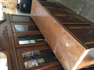 Display cabinet/dining room hutch