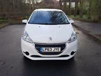 Peugeot 208 1.2 VTI 82 ACCESS+ WHITE and ONLY 20 POUNDS PER YEAR ROAD TAX