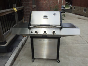 Vermont Castings Stainless Steel BBQ + Free Delivery