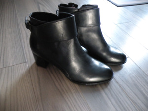 Brand New Women's Black Leather Boots Size 8