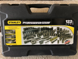 a3e99044911 Brand New 122 piece Socket Set for Sale