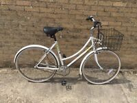 Raleigh Caprice Ladies Town Bike. Lovely condition. Can deliver