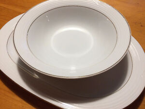 Noritake Arctic Gold Dishes West Island Greater Montréal image 7