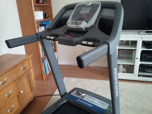 Treadmill Horizon CT5.4 EXCELLENT CONDITION