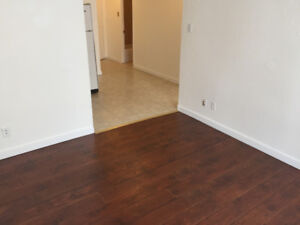 3 1/2 All/Tout included. $700 .Condo Style. TEL:514-562-2801